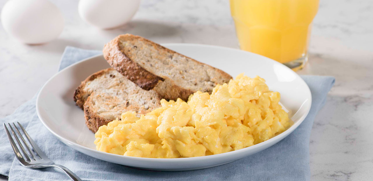 Simple Scrambled Eggs Recipe | Get Cracking