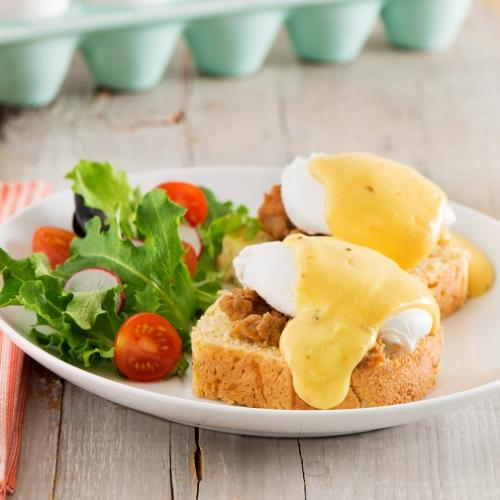 Recipes - Cajun Eggs Benedict » Eggs.ca