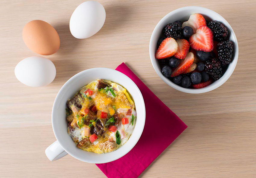 Treat mom to breakfast in bed this mother s day for Good ideas for mother s day breakfast in bed